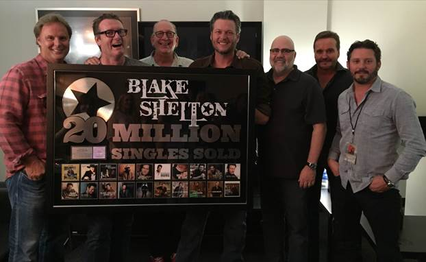 .@BlakeShelton Honored with Plaque for Amazing Feat (Details Here!) #CMnews